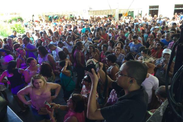 Zelito Miranda lota praça no Pelourinho
