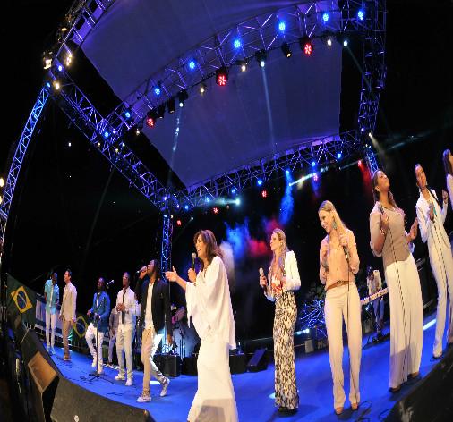 Astros Gospel estarão em Salvador