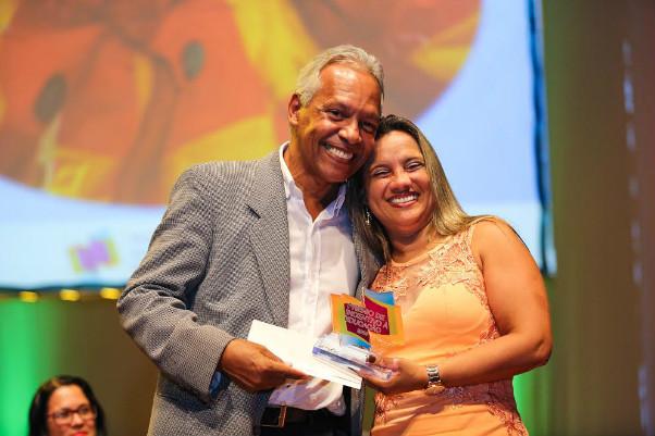 Escolas de Camaçari e Dias d'Ávila foram destaques no Prêmio de Incentivo à Educação
