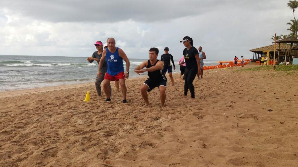 Academia Alpha Fitness realiza projeto de aulões gratuitos na praia