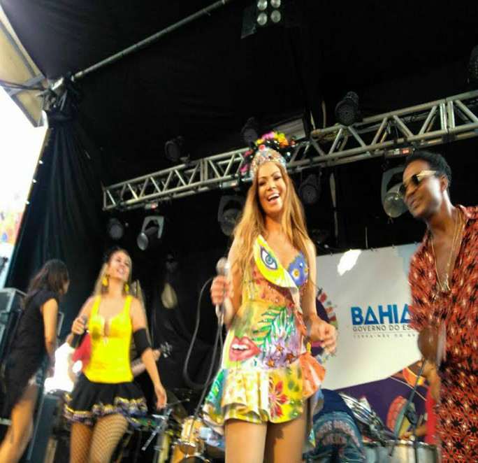 """""""Lavagem Cultural"""" abriu o carnaval no Centro Histórico"""