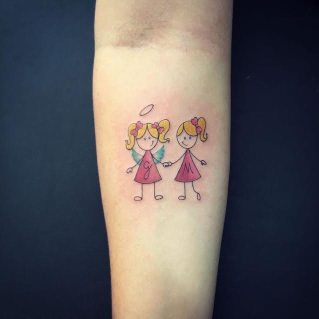 Delicadas ou extravagantes tatuagens conquistam cada vez mais mulheres