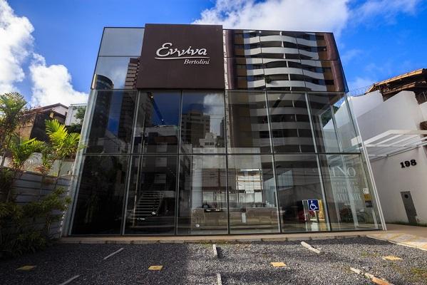 Evviva Bertolini promove happy hour e bate-papo especial para arquitetos e decoradores