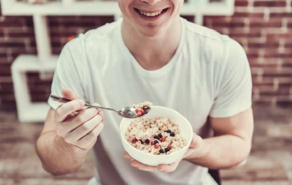 Os alimentos indispensáveis para quem pratica esporte