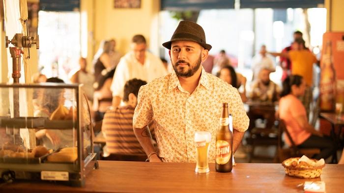 Poesia, futebol e cerveja