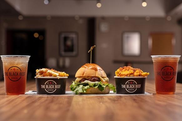 Aceitação do público faz hamburgueria gerar novas vagas de emprego