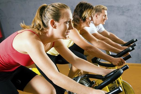 Praticar atividades físicas pode combater a depressão, diz estudo