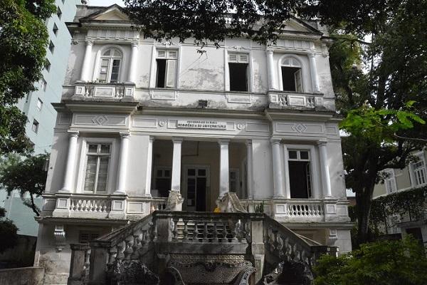 UFBA vai reformar a Residência Universitária do Corredor da Vitória