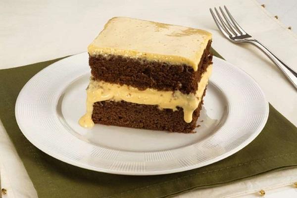 Receita de bolo gelado de chocolate com maracujá